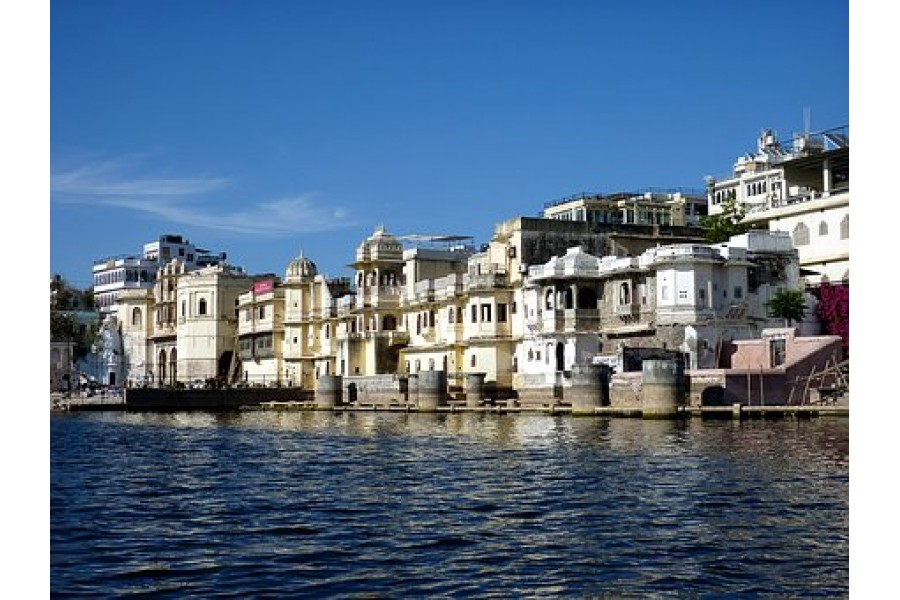 Golden-triangle-tour-with-Udaipur